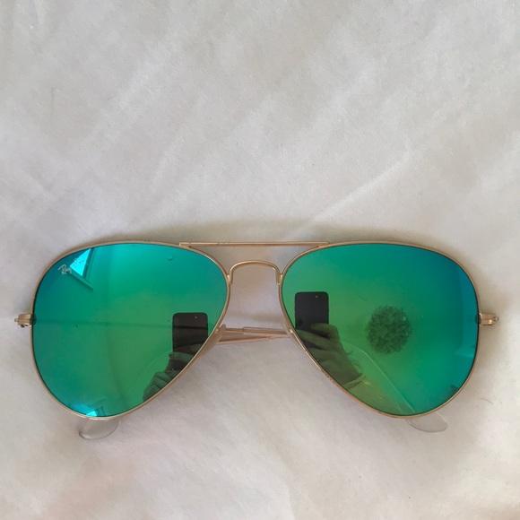 24c69579b6852 Authentic Ray-Ban Aviator flash lenses - green. M 5ade5e91b7f72b9867672700
